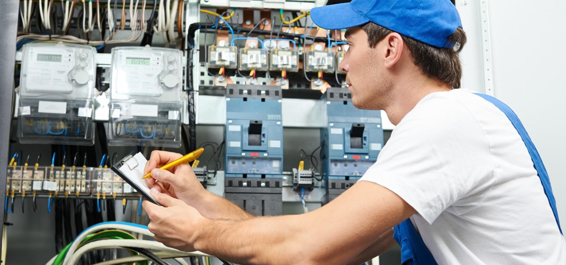 Necessary benefits for online Electrician services